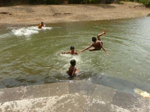 The kids and their aqua-antics!